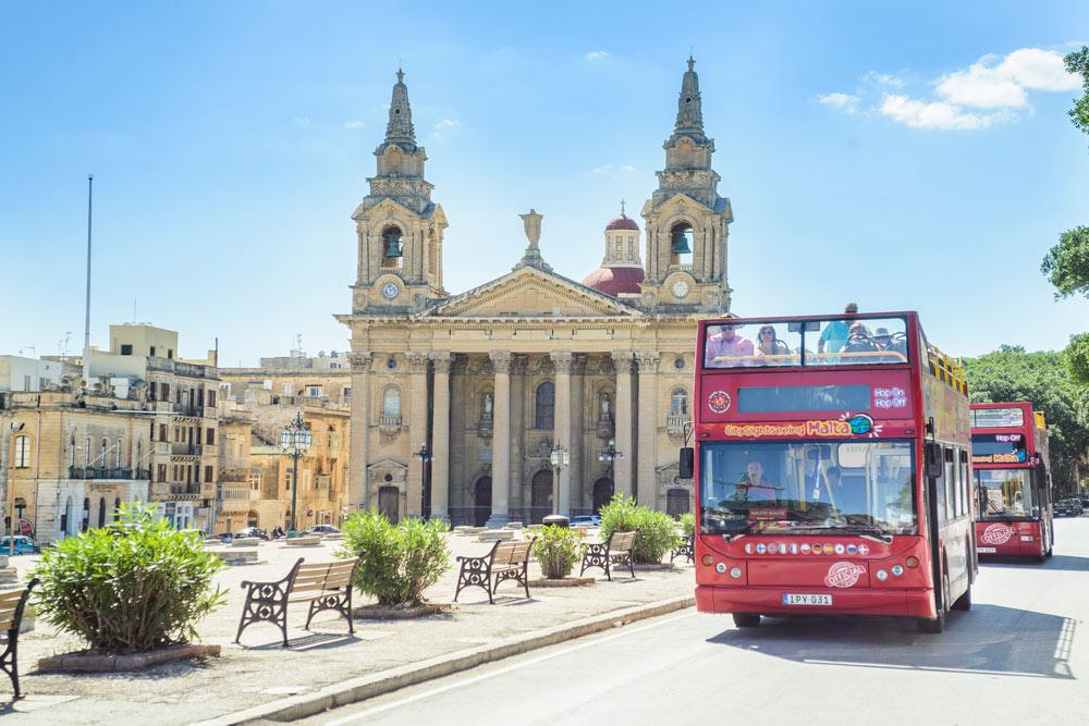 autobus-turistico-malta